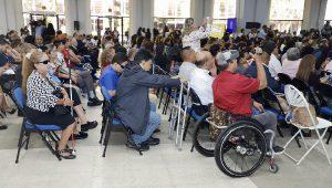 Foto lateral de Personas con Discapacidad durante el evento