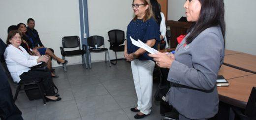 Magister Yara Guardia, realiza presentación de las autoridades