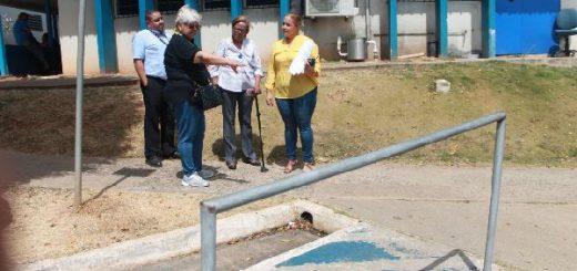 Evaluacion de accesibilidad para las Personas con Discapacidad en la Policlinica Doctor Santiago Barraza