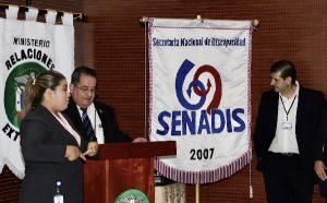 Director de SENADIS Dr. Oscar Sitton