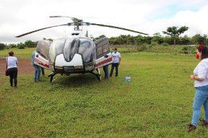Imagen muestra helicoptero en donde se transportó el coche
